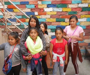 Children from the Feria Libre project